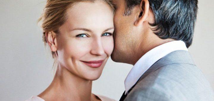 Qual è l'età esatta in cui gli uomini e le donne sono più infedeli?